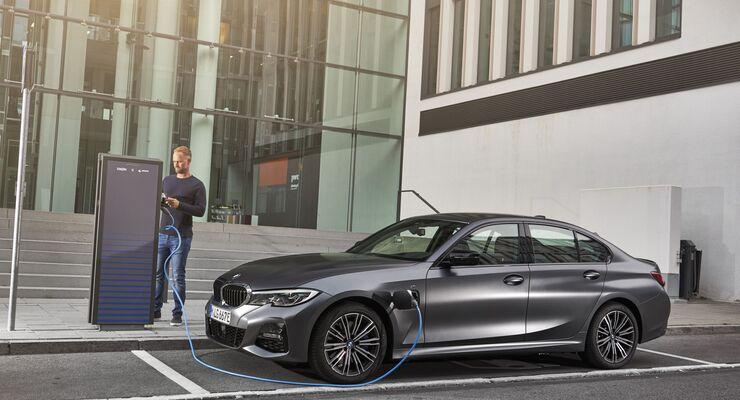 BMW 330e Limousine 2019