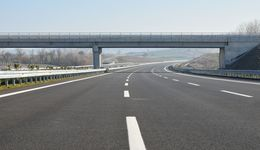 Construction of newly finished, empty highway.