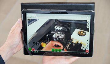 Datenbrille Lexus Werkstatt iPad 2018