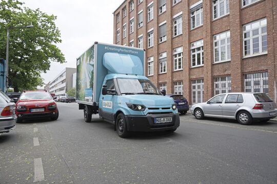Der E-Transporter mit Spezialaufbau  kostete unter 60.000 Euro. 15 Street-scooter sind bei Bezold im Einsatz