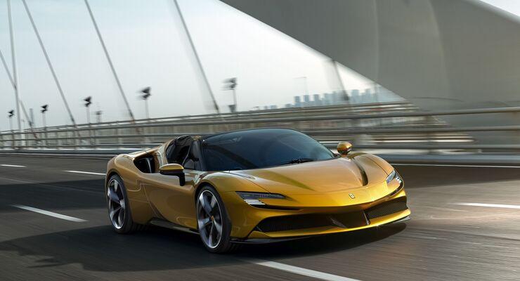 Ferrari SF90 2021