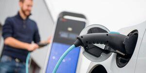 Ladesäule laden e-auto elektromobilität