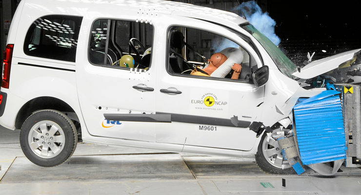 Mercedes Citan Crash Test 2013 Euro NCAP