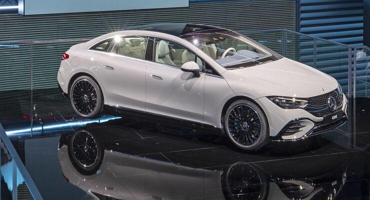 Mercedes EQE 2022