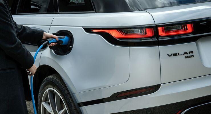 Range Rover Velar P400e, Plug-in Hybrid, laden, Ladesäule,