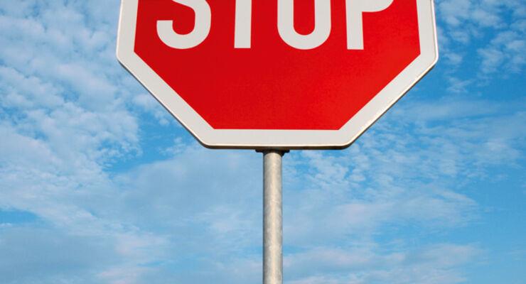 Stoppschild, Versicherung, Unfall