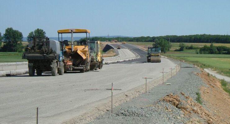 Straßenbau, Verkehrspolitik