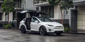 Tesla Model X 2019