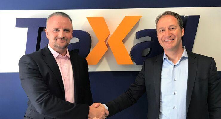 TraXall CEO Ross Jackson welcomes Leomont Wouda International Business Development Director.jpg