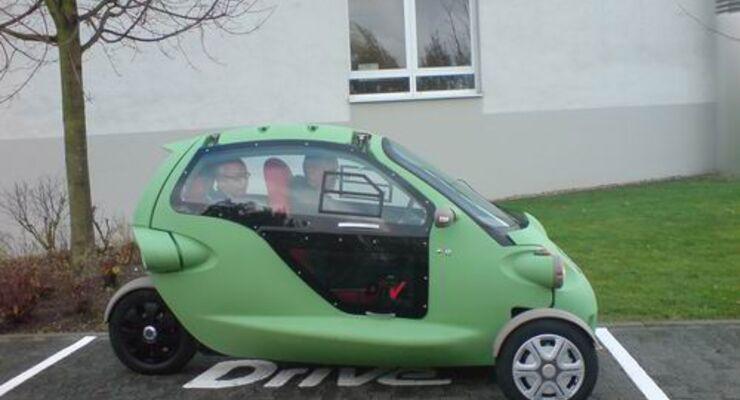 Wollnikom wartet Elektroautos von Drive-Carsharing